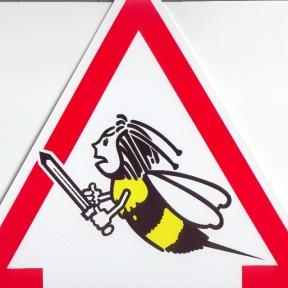 "Plaque triangulaire ""attention abeilles"" dessin"